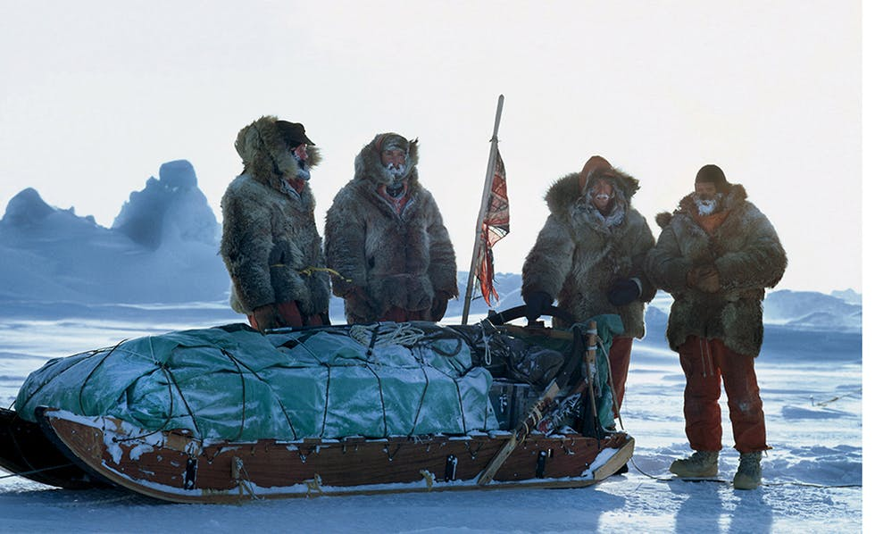 A Periolous 464-Day Sled Journey Across The Frozen Arctic Ocean