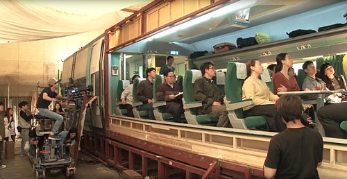 屍速列車 Train-To-Busan-Train-Shooting