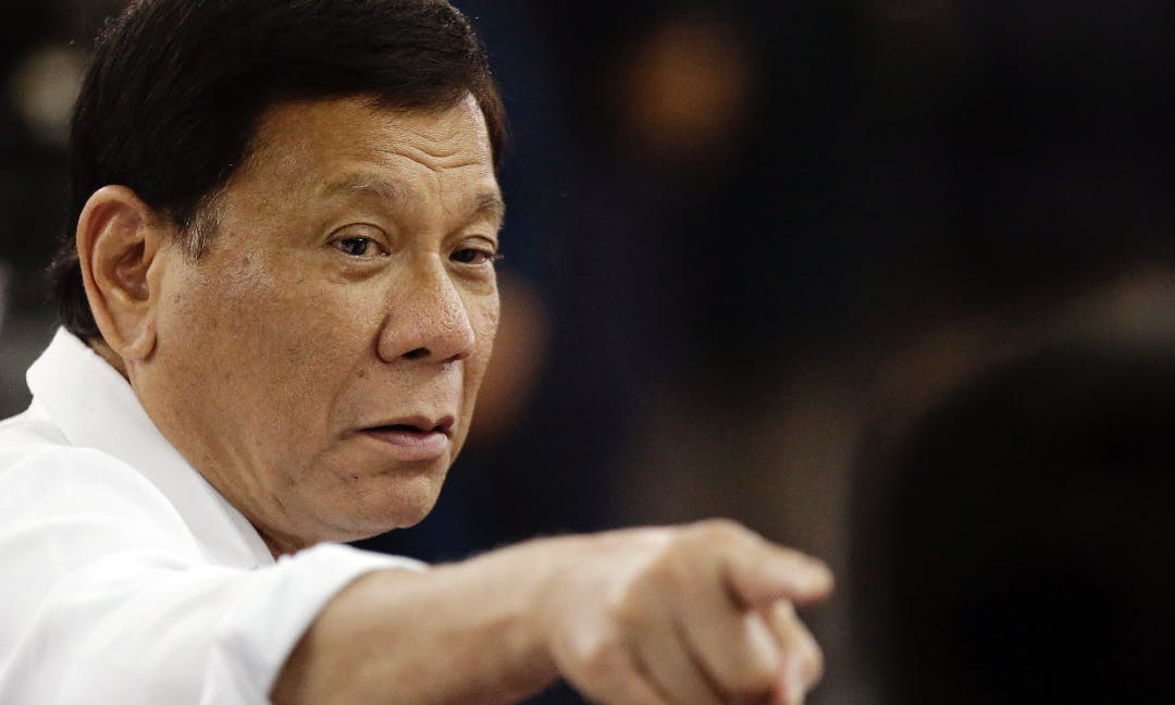 Duterte Orders Navy to Fire on Illegal Foreign Fishing Vessels