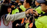 Daguan Residents Clash With Taipei Police After Receiving Eviction Notices